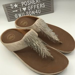 FitFlop Cha Cha Shimmersuede Silver Toe Thongs EUC